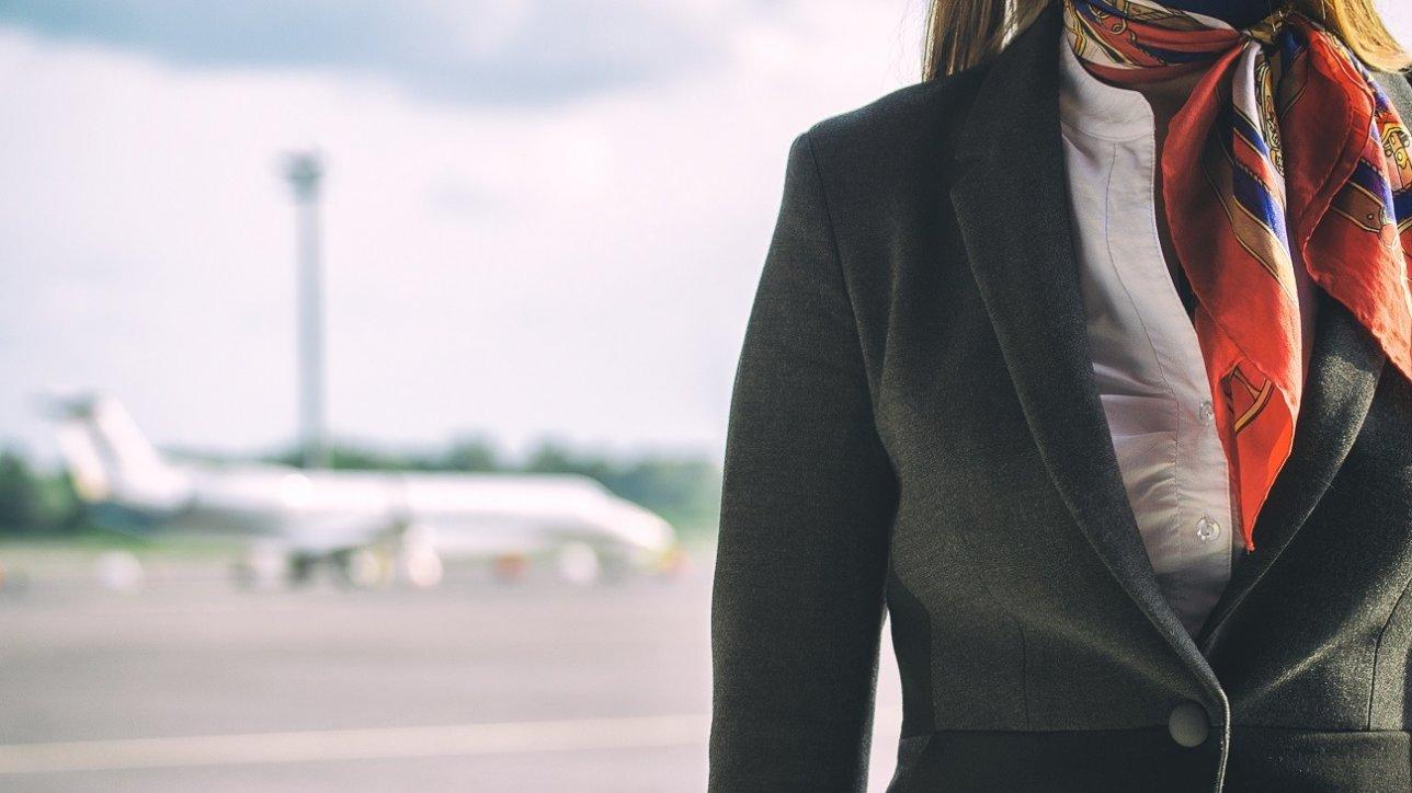 stewardessa-opis-zawodu-1288x724.jpeg