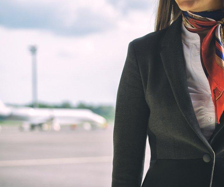 stewardessa-opis-zawodu-720x600.jpeg